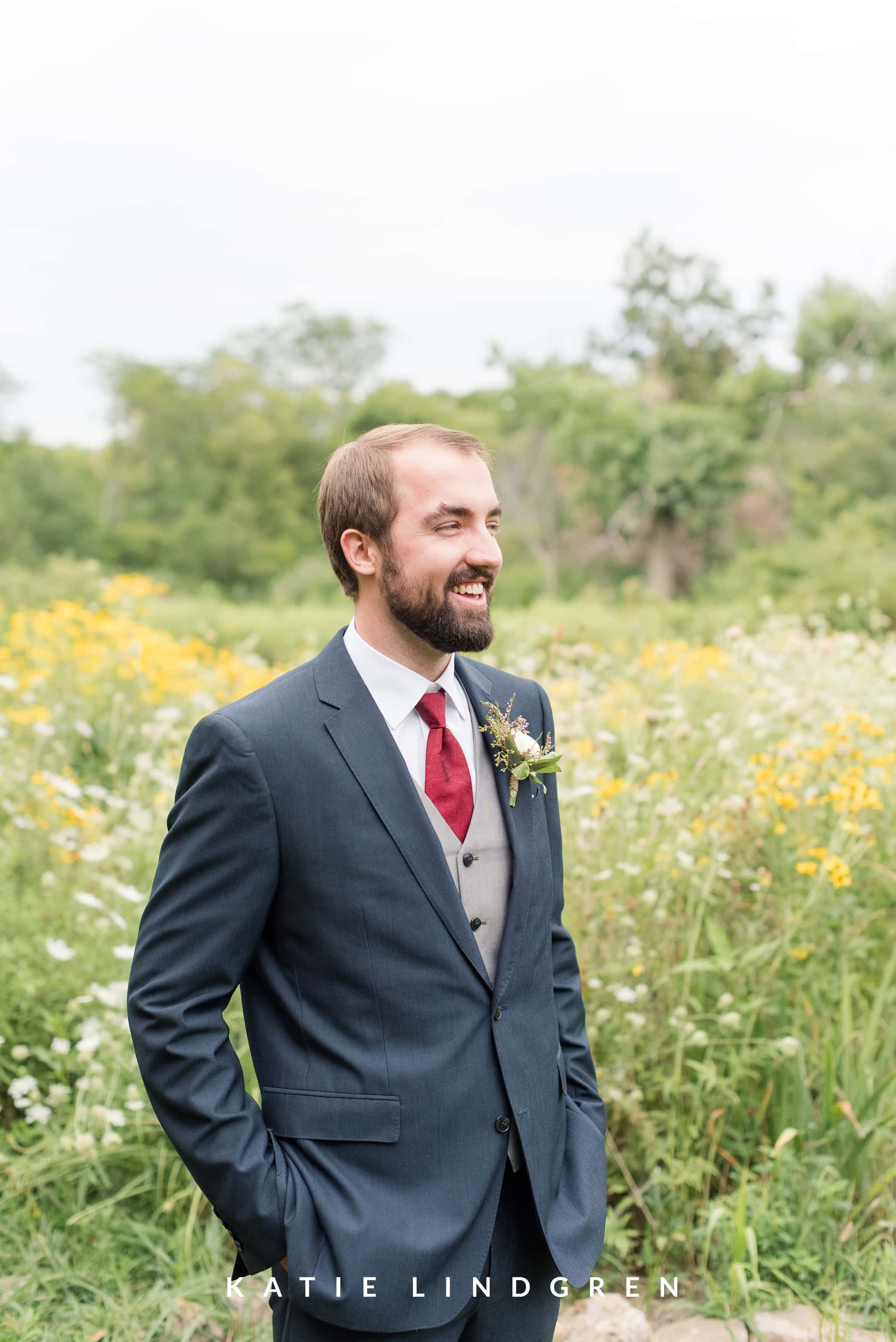 Pella Wedding Photographer