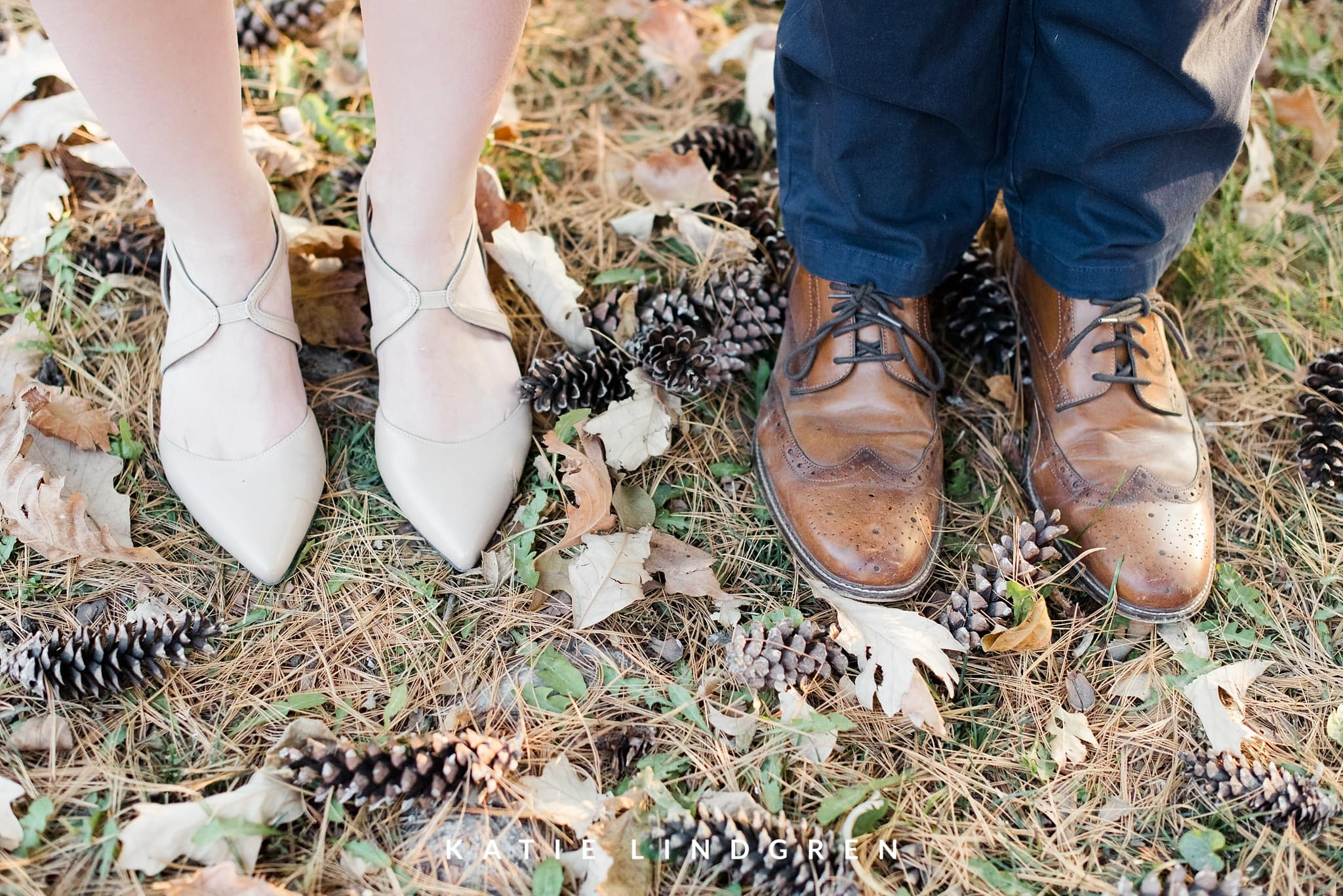 Des Moines Fall Engagement Session